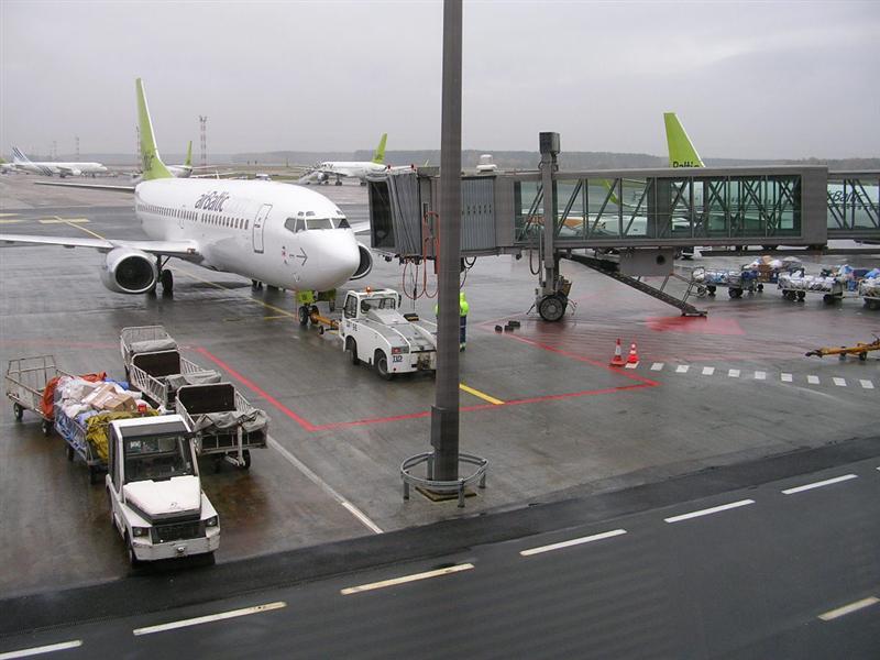 Kelias i rygos oro uosta is siauliu
